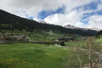 Land Sale/Incles Canillo